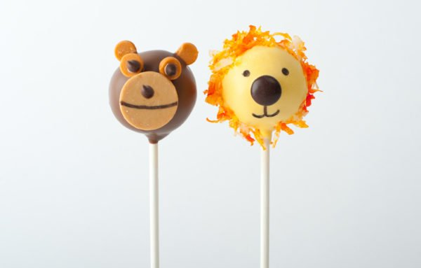 Lion and Monkey Animal Safari Cake Pops perfect for birthday parties